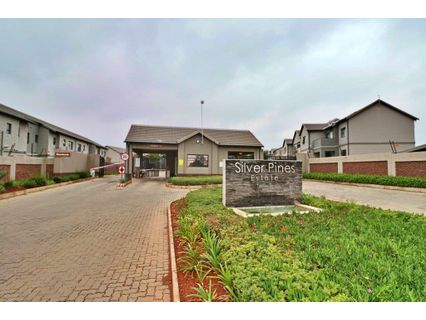 R 700,000 - 2 Bed Property For Sale in Cloverdene