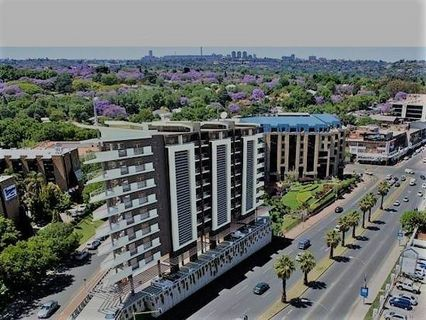 R 13,500 - 1 Bed Flat To Rent in Rosebank