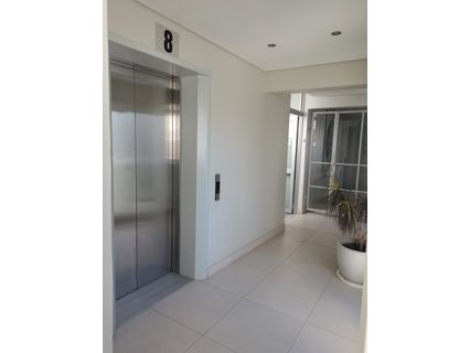 R 3,690,000 - 2 Bed Apartment For Sale in Sea Point