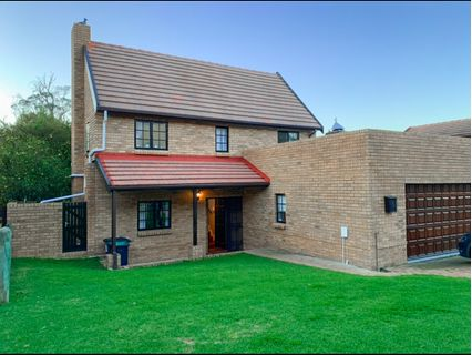 R 2,720,000 - 3 Bed Home For Sale in Bellville Central