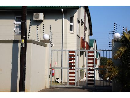 R 1,250,000 - 2 Bed Flat For Sale in Park Hill