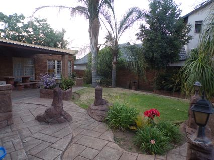 R 1,499,999 - 4 Bed House For Sale in Freeway Park