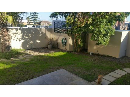 R 11,500 - 3 Bed Flat To Rent in Table View