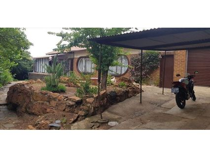 R 1,000,000 - 3 Bed Home For Sale in Elsburg
