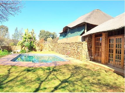 R 2,295,000 - 5 Bed Farm For Sale in Magaliesburg