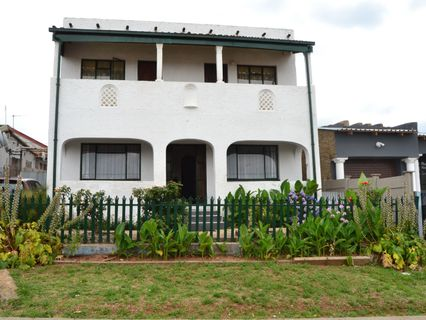 R 699,000 - 4 Bed House For Sale in Riverlea