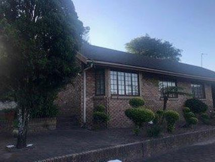 R 1,850,000 - 4 Bed Property For Sale in Escombe