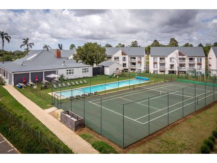 R 1,447,000 - 2 Bed Flat For Sale in Gillitts
