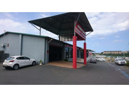 R 27,000 -  Commercial Property To Rent in Shelly Beach