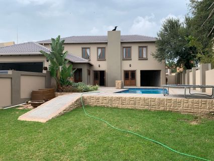 R 2,995,000 - 4 Bed House For Sale in Willow Acres
