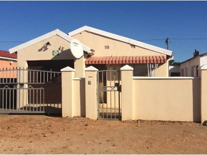 R 490,000 - 2 Bed House For Sale in Motherwell