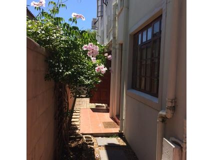R 7,400 - 1 Bed Flat To Rent in Die Boord