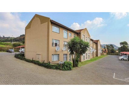 R 550,000 - 2 Bed Home For Sale in Alan Manor