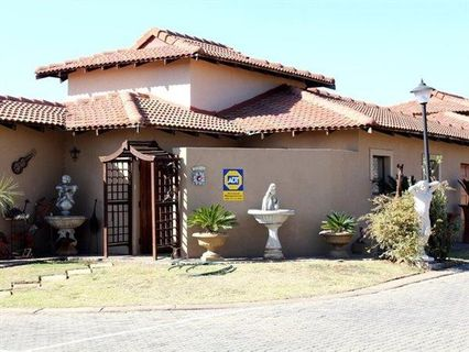 R 1,200,000 - 3 Bed Property For Sale in Fleurdal