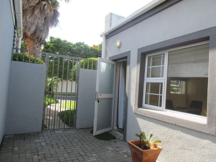 R 9,000 - 1 Bed Apartment To Rent in Sunset Beach