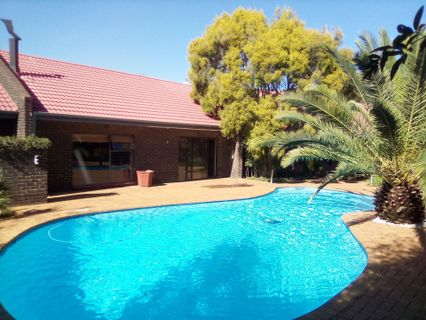 R 1,599,000 - 3 Bed Property For Sale in Three Rivers East