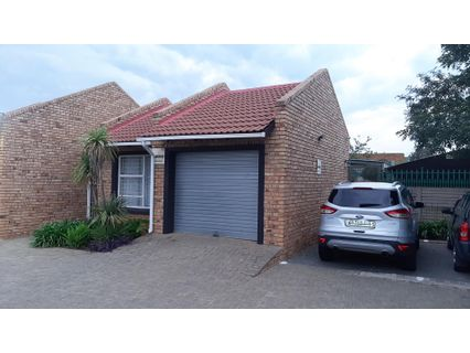 R 859,000 - 2 Bed Property For Sale in Fauna