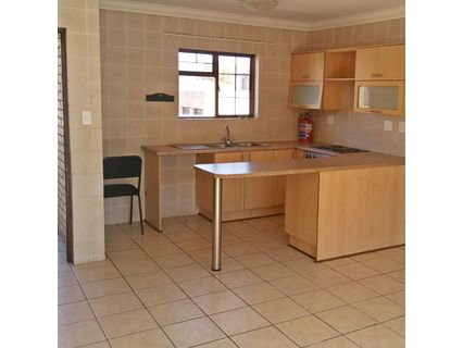 R 6,000 - 2 Bed Apartment To Let in Wilgehof