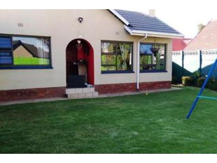 R 1,750,000 - 3 Bed House For Sale in Atlasville
