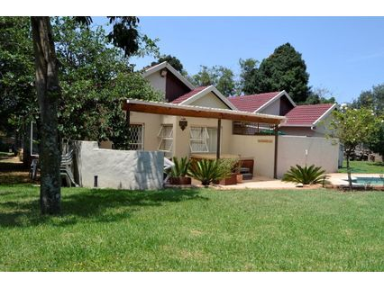 R 1,750,000 - 4 Bed House For Sale in Randpark Ridge