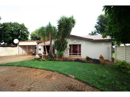 R 1,350,000 - 4 Bed Property For Sale in Mayville