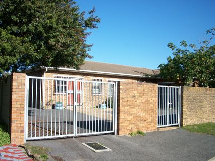 R 1,399,000 - 3 Bed House For Sale in Matroosfontein