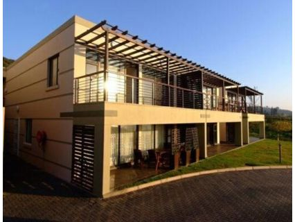 R 1,600,000 - 2 Bed Flat For Sale in La Mercy