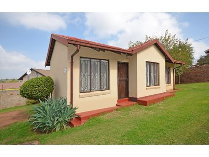 R 800,000 - 2 Bed Property For Sale in Bramley View