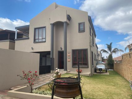 R 1,450,000 - 3 Bed Property For Sale in Chancliff