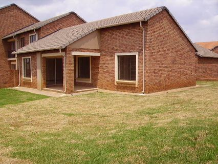 R 1,290,000 - 3 Bed Property For Sale in Eco-Park Estate