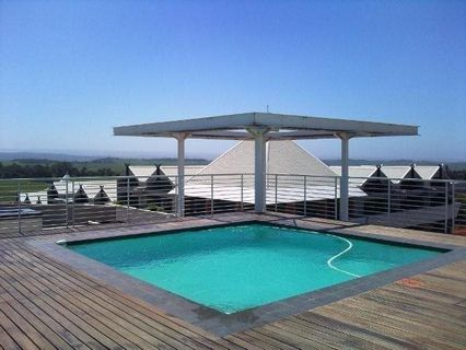 R 1,700,000 - 2 Bed Apartment For Sale in Umhlanga Ridge