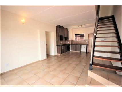 R 12,000 - 3 Bed Flat To Rent in Barbeque Downs