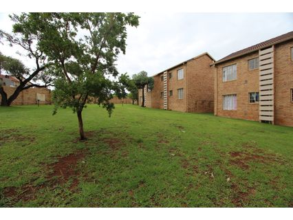 R 630,000 -  Flat For Sale in Northgate