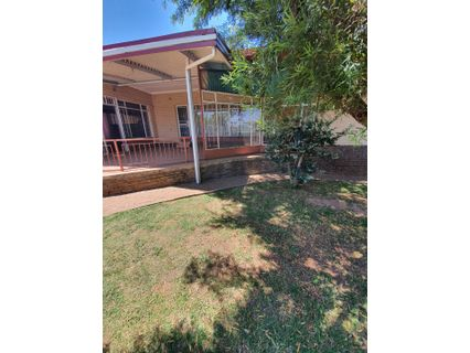 R 949,000 - 3 Bed Home For Sale in Quelleriepark