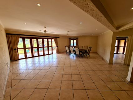 R 1,690,000 - 3 Bed Apartment For Sale in Shelly Beach