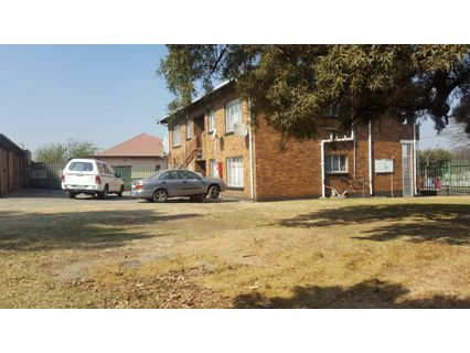 R 1,590,000 - 4 Bed Flat For Sale in Germiston South