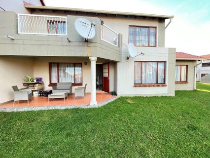 R 795,000 - 3 Bed Flat For Sale in Mondeor
